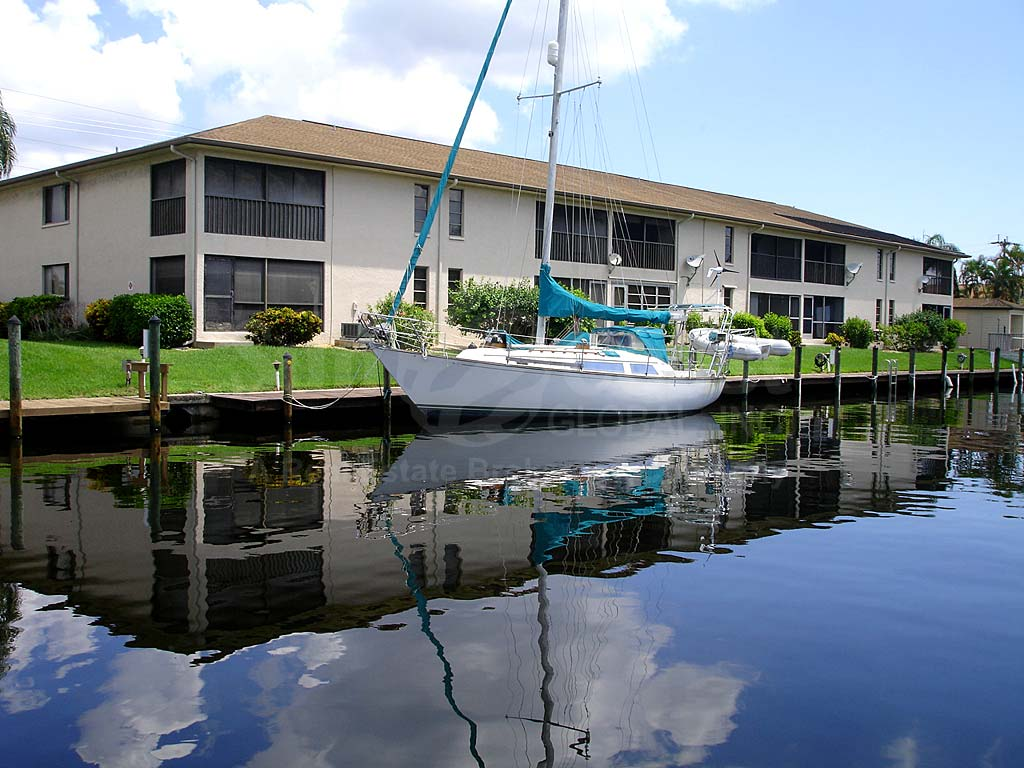 Cape Coral Pkwy Waterfront Condos